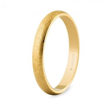 Alianza de boda de oro...
